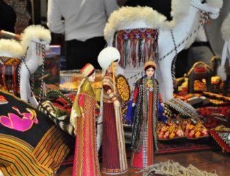 Renkler ve Güzel Atlar Ülkesi Türkmenistan'dan Esintiler